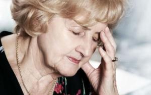 Почему может развиться постменопаузальный остеопороз