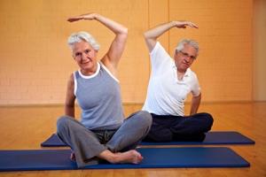 Какие физические нагрузки полезны при остеопорозе
